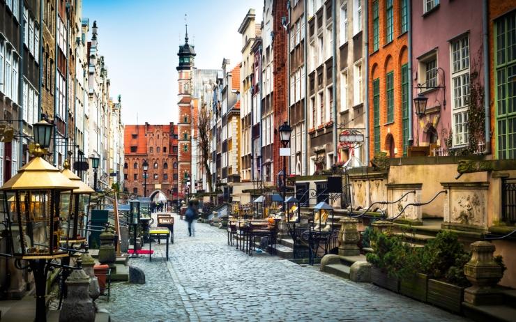 Poland-©-In-Green-Shutterstock.jpg